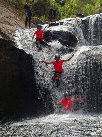 gallery/canyoning/southern_nsw/2015_01_03/20150103-20150103-_O143143_DxO-w1024.jpg