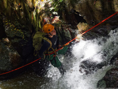 gallery/canyoning/southern_nsw/2015_01_03/20150103-_O142861_DxO-w1024.jpg