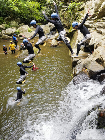 gallery/canyoning/southern_nsw/2015_01_03/20150103-_O143090_DxO_merge-w1024.jpg