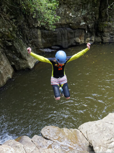 gallery/canyoning/southern_nsw/2015_01_03/20150103-_O143119_DxO-w1024.jpg